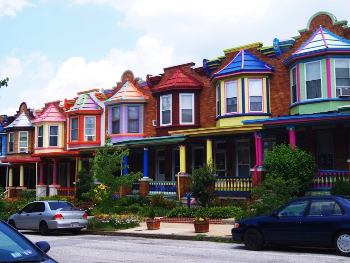 The colourful houses of Charles Village neighborhood - Picture by